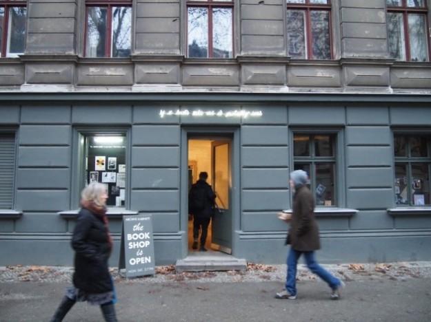 """Archive Kabinett on Dieffenbachstraße in Berlinwith """"If it looks like art it probably isn't"""" by Warren Neidich"""